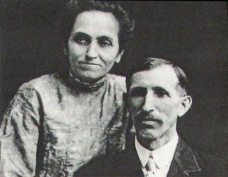 Flora si Elias Disney