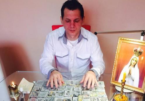 Prezicător astrolog Gergely Eduard Rogere 2