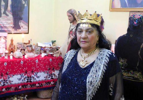 Maria Campina, regina Magiei Albe din Romania in altar 2