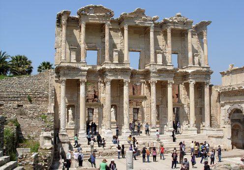 Efeso_-_Biblioteca_di_Celso_-_panoramio