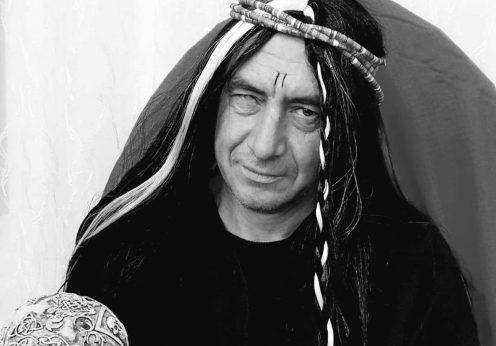 Marele vraci indian de magie neagră Kumar Guja