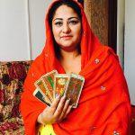 facatoarea de minuni Sunita in rosu