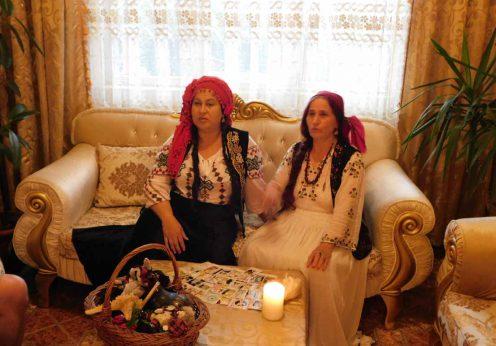 tamaduitoarea Somna Valentina si vrajitoarea Elena Minodora in interviu pentru tv Moscova