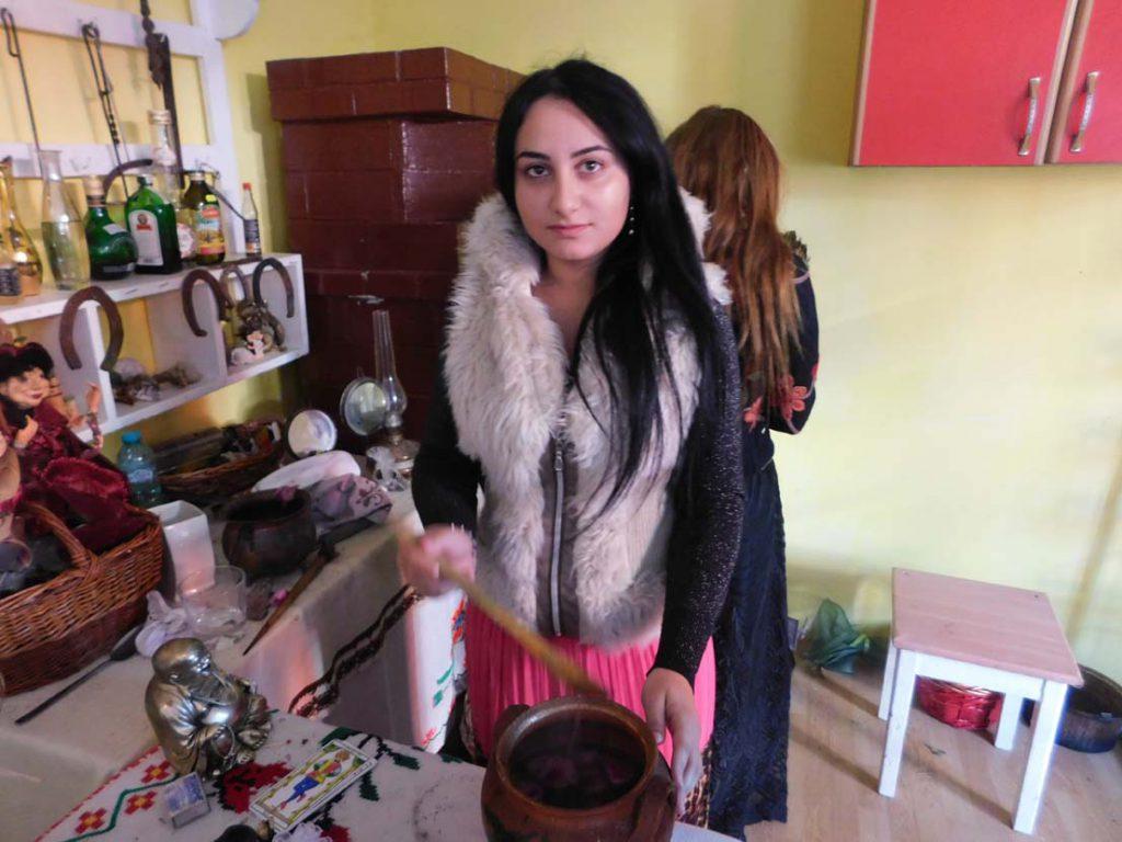 vrajitoare Cristina77-1024x768