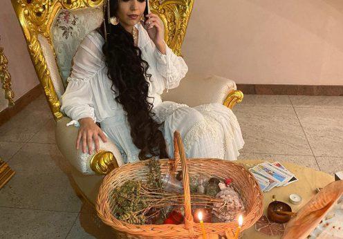 vrajitoarea Ana Maria777b